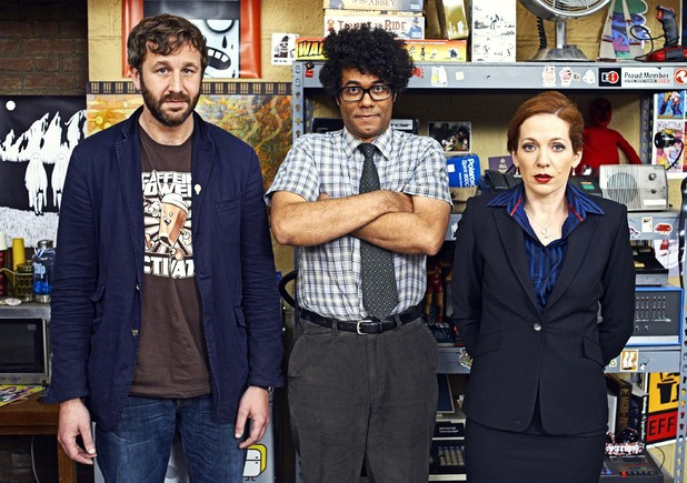 uktv-it-crowd-finale-roy-moss-jen